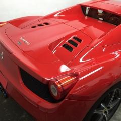 フェラーリ-レーシングストライプ