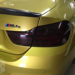 BMW M4 アルピナ ALPINA スモークフィルム ブラックアウト 東京