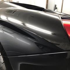 ガラスコーティング グレア ツヤ 塗装 光沢 イオンデポジット ウォータースポット 親水 撥水 ガラス UVカット 高級車 東京 フェラーリ ベンツ MINI ランボルギーニ