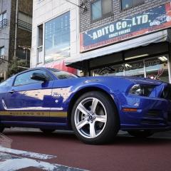 フォード マスタング レーシングストライプ サイドストライプ カーラッピング 東京 台東区
