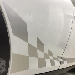 チェッカーフラッグ サイドストライプ ミニクーパー 東京 カーラッピング
