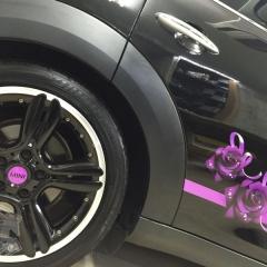 ホイールキャップ カーラッピング サイドストライプ レーシングライン コーティング R60 東京