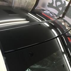 ガラス カーラッピング ブラック ピラー ステッカー AMG 東京