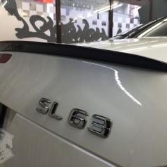 トランクスポイラー カーラッピング 東京 ブラック AMG SL63