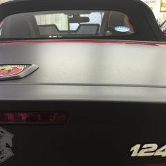 カーラッピング アバルト マットブラック 東京 台東区 浅草 ヘリテージルック オプション 124
