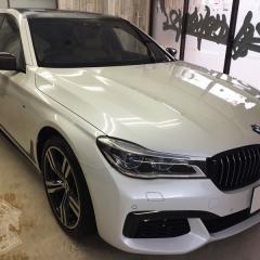 BMW-G11-7シリーズ-カーラッピング-カーボン-ブラック-東京-台東区-浅草
