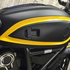 ステッカー デカール スクランブラー ドゥカティ 東京 台東区 ラッピング バイク