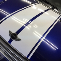 R60 レーシングストライプ カントリーマン カーラッピング 東京