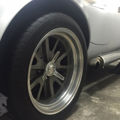 アメ車-フルラッピング-東京-クレイジーカラーズ.jpg