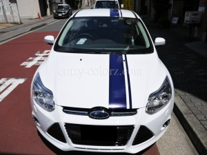 フォード-フォーカス-レーシングストライプ